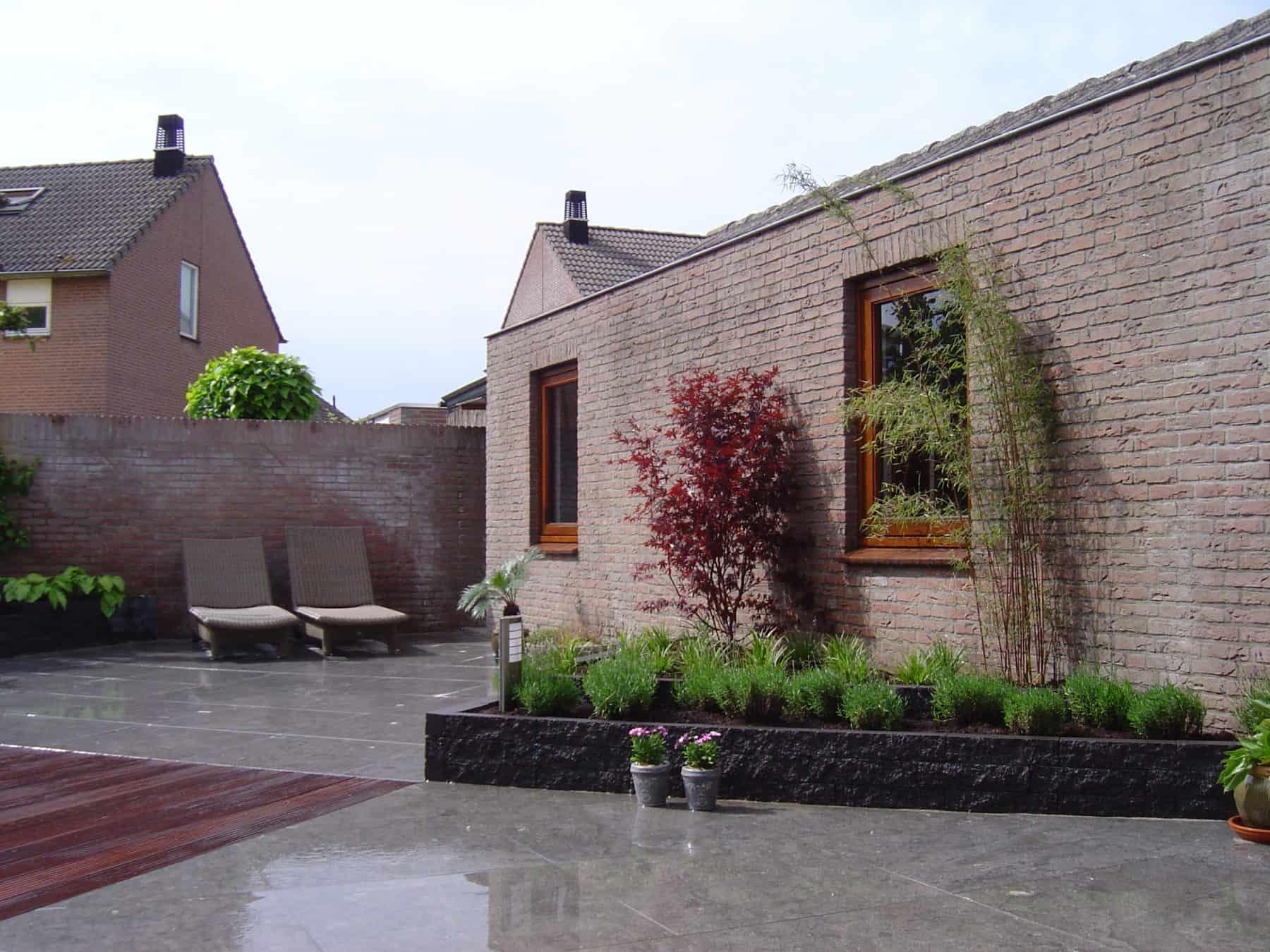 Van de Schoot Hoveniers Dinther moderne achtertuin met vlonder 5