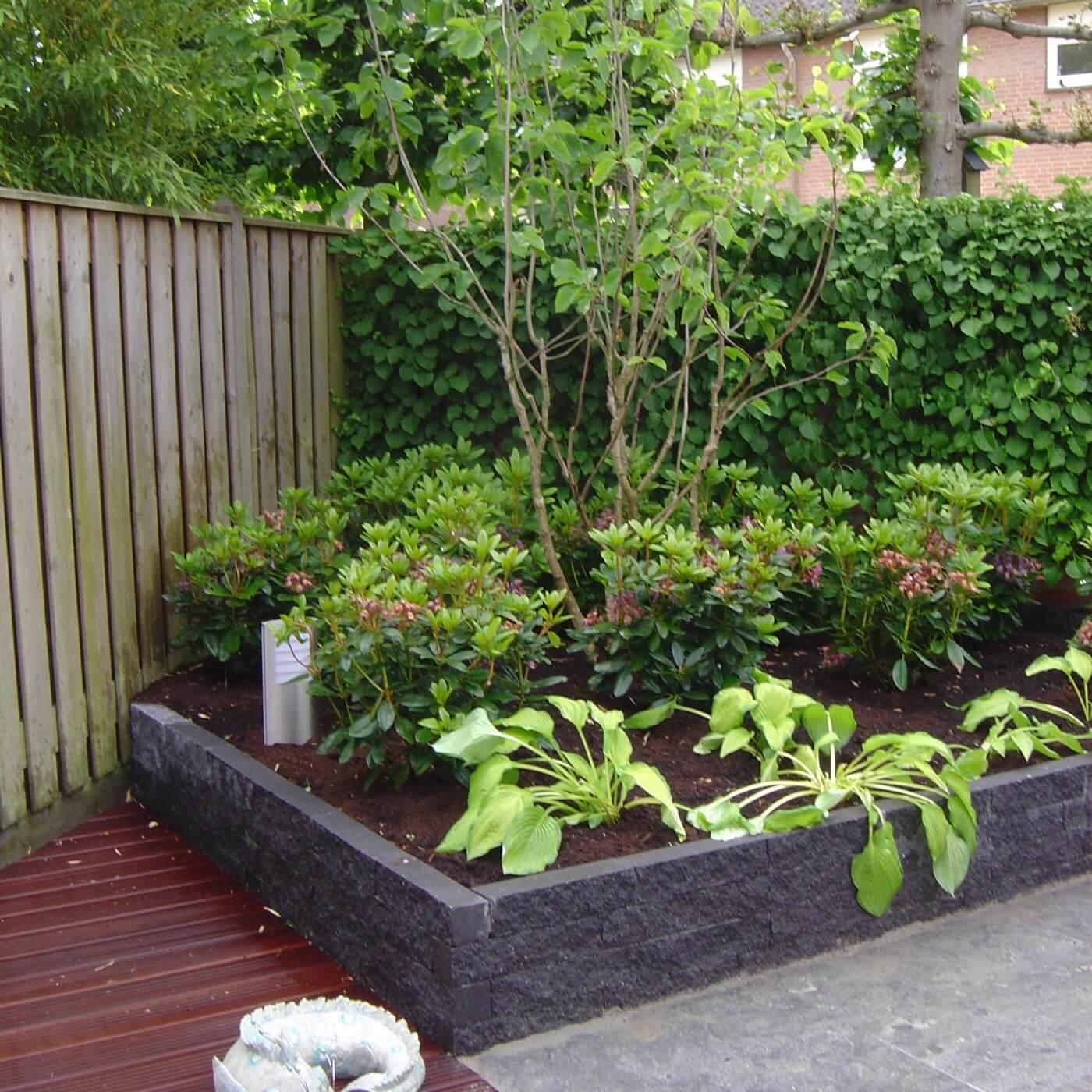 Van de Schoot Hoveniers Dinther moderne achtertuin met vlonder 9